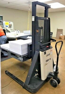 Crown Lift, Electric Pallet Stacker / Walk Behind, 20BS, 2000 lbs capacity