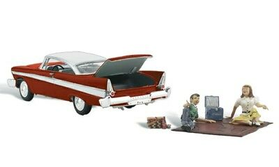 Woodland Scenics - AutoScenes™ - Assembled -- Parked for a Picnic - HO  - AS5552