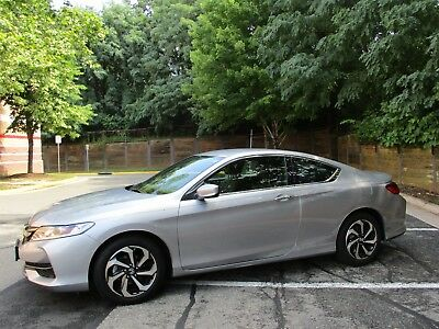 2016 Honda Accord  2016 Honda Accord Coupe - Excellent Condition