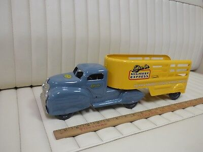 "1950s LINCOLN Highway Express Truck Pressed Steel Toy 18"" Original CANADA"