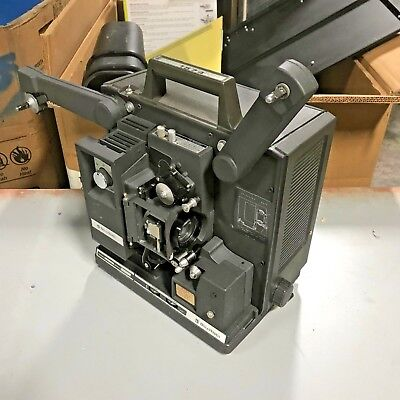 = Bell & Howell FilmoSound 16mm Optical Sound Cine Film Projector 1574 C 1