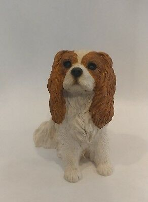 Sandicast Cavalier King Charles Spaniel Dog Figurine 2001 Brue Small 4.5 inches