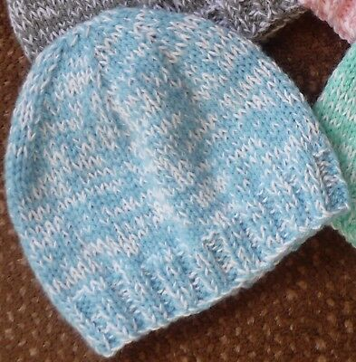Baby Beanie (Newborn). Blue/white. Boy Or Girl Baby. Hand-Knitted By Me.