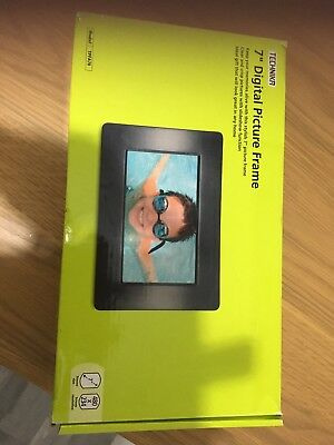 Digital Picture Frame 7 Inch