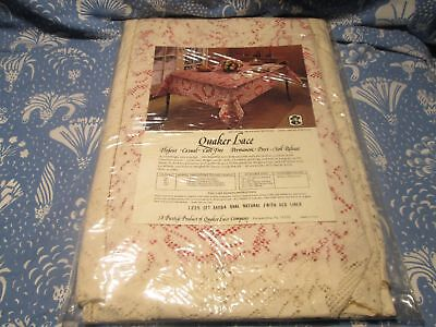 Vintage Quaker Lace Tablecloth Christmas Medley Pattern Oblong 64 x 84 Natural