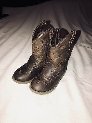 Child cowgirl boots size 8