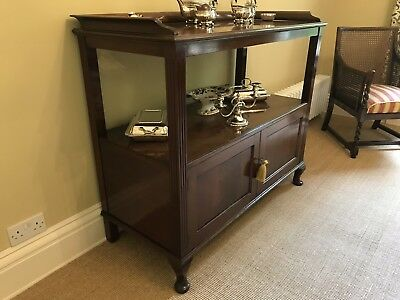 Victorian/Edwardian 3-tier Mahogany buffet table - very good condition
