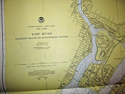 EAST RIVER, NEW YORK HARBOR - 1976 Nautical Chart - Vintage U.S.Navy  (#1570)