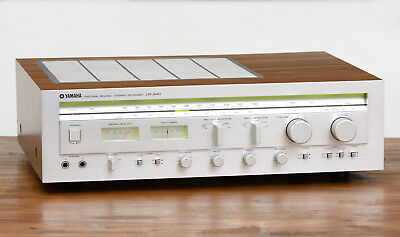 Yamaha CR-640 Stereo Receiver / Radio / Verstärker / Amplifier in silber