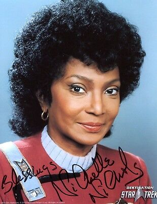 Stamps Lois Hall Autograph Actress In Star Trek The Next Generation Signed Photo Page