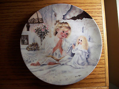 """Knowles Collector Plate """"Now I Lay Me Down To Sleep"""" Corinne Layton"""