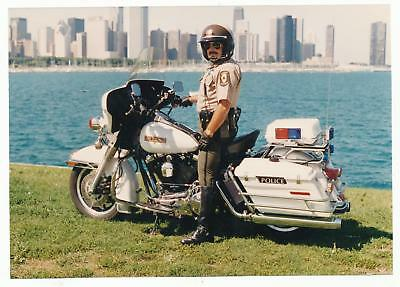 Illinois State Police Motorcycle Cop Photo 5x7 Chicago Skyline