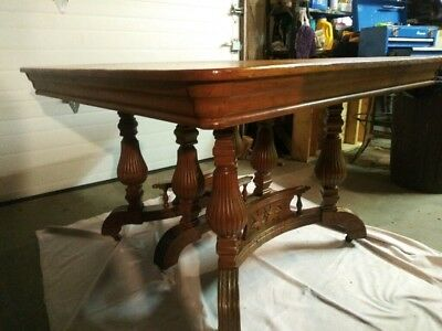 Real Nice! Solid Oak Antique Hand Carved Extension Dining Room Table & 4 Chairs