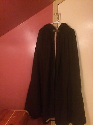 Vintage Handmade  Wool Full Length Cape Cotton Lined With Clasp Closure