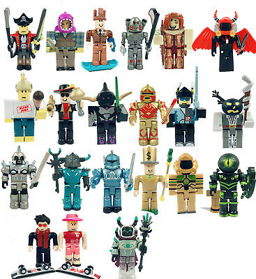 Roblox Legends Champions Action Figure Classic Noob Captain Rampage & Weapon Kit