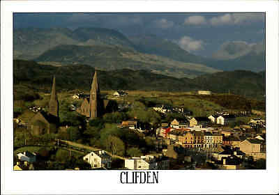 Post Card IRELAND Irland CLIFDEN color Postkarte mit Strichcode, ungelaufen