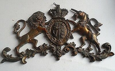 A Unusual Cast Metal Plaque Of Lion And Unicorn