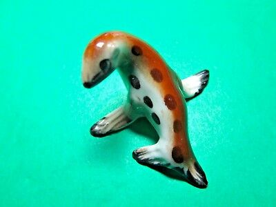 BONE CHINA SPOTTED SEAL WILDLIFE FIGURINE (135x)