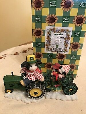 "Mary's Moo Moos John Deere ""The Deere-st Tree For Moo And Me"" WITH BOX"