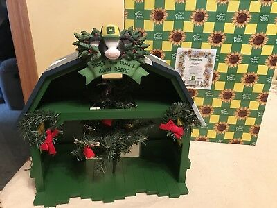 "Mary's Moo Moos John Deere ""Christmas Barn Display"" WITH BOX"