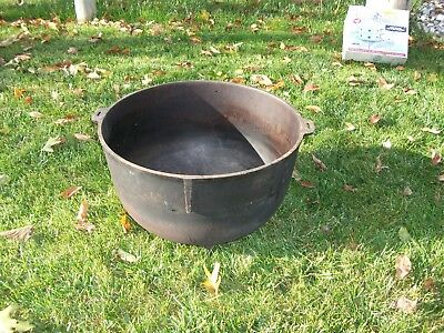 Huge Vintage Cast Iron 20 Gallon Footed Kettle Cauldron Pot