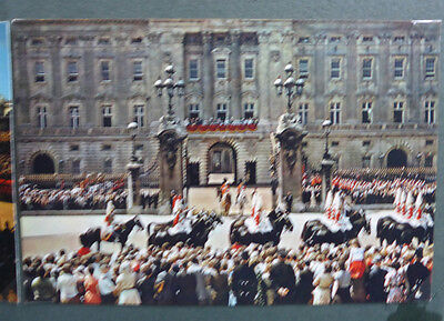 Vintage British Royalty Postcard - The Queen At Buckingham Palace