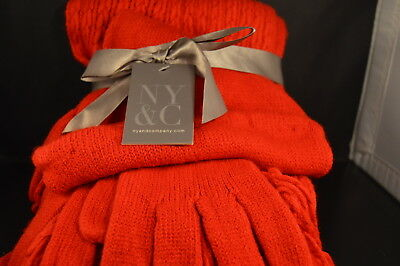 NEW YORK & COMPANY  Brand New! RED Scarf Hat & Gloves Set  NY&C  WOMEN'S CLOTHES