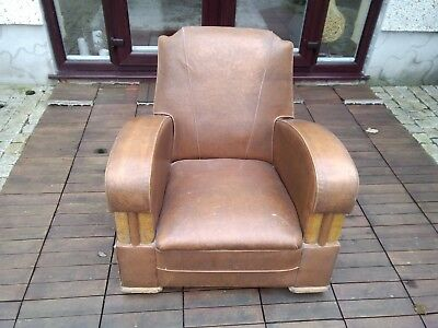 English /Scottish Art Deco Leather Club Chair
