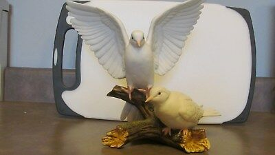 Classic 1985 Homco 2 Doves On A Branch  Masterpiece Porcelain Figurine