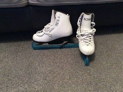 Girls White Roma Size2 Ice Skates With Blue Blade Guard