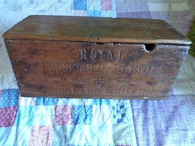 Very Rare Antiqie Royal Household Blended Whisky Crate