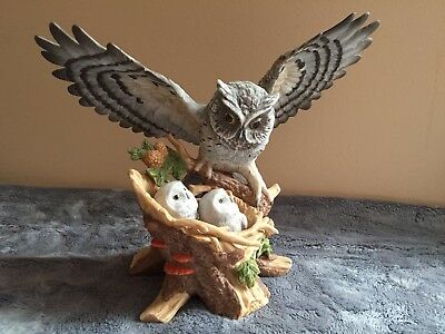 Classic Porcelain Homco Owl Figurine with Chicks Vintage