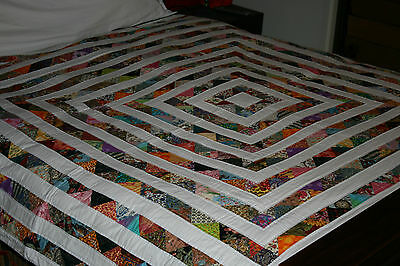 """Hand Made Quilt """"VAMOOSE"""" Design by Quilt-Addicts 86"""" square"""