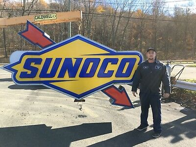 sunoco sign lighted pole sign