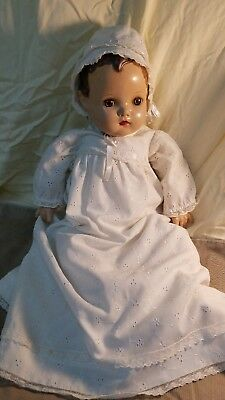 Vintage madame alexander doll. 22in