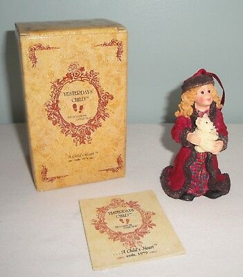 Boyds Yesterday's Child #25859 Lara - Moscow at Midnight Ornament Boxed