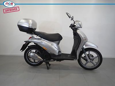 2009 PIAGGIO LIBERTY 125 SILVER ** 99p START NO RESERVE **