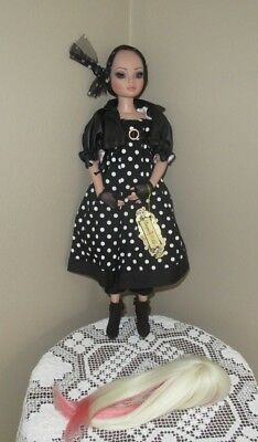 Tonner Ellowyne Wilde Doll Wearing DOTS ENOUGH Outfit