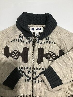 Gap Limited edition Star Wars boys sweater with zip front size 12-18 Months