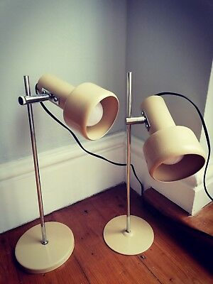 Vintage Pair of Mid-Century Modern Desk Lamps - Cream / Chrome.