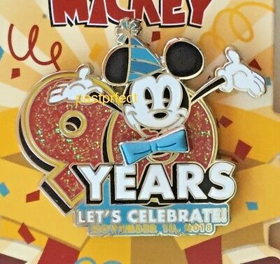 Disney Parks Pin Mickey Mouse 90th Birthday 90 Years Nov. 18 2018 on Card WDW LR