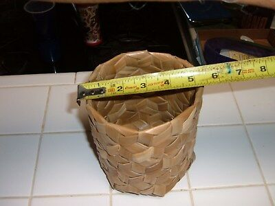 """HAWAII 5 1/2"""" x 5"""" LAUHALA WEAVE MINI TRASH CONTAINER or WORK DESK HOLDER #5"""