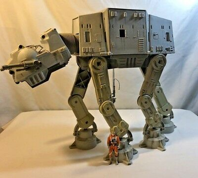 "Star Wars ""at-At Walker"" 1997 & Luke Skywalker Figure"