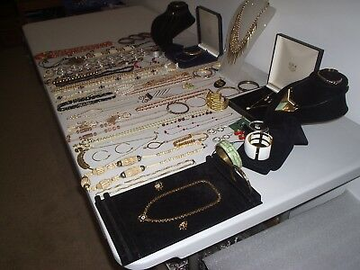 Large Job Lot Of Vintage & Costume Jewellery Necklaces Bracelets Earrings (J)