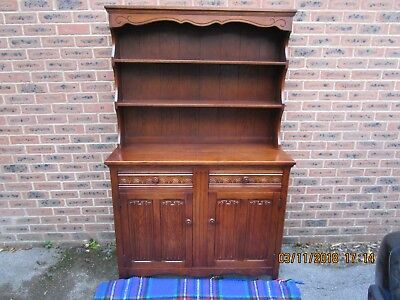 Solid Oak Dresser with carved Doors & Drawers