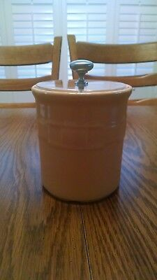 Longaberger Butternut Pottery 1 quart crock w/ clear lid