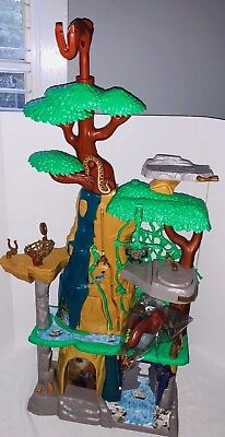 Lion Guard 'Training Lair Playset' Just Play Disney Lion King Pieces sound Light