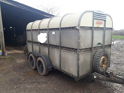 bateson  12ft cattle trailer gwo with decks