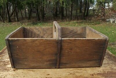 Antique Primitive Farm House Old Wood Tool Tote Box Carrier Square Nails