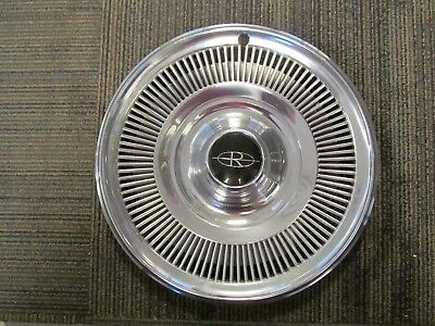 1969 Buick Riviera NOS GM 15 Inch Hubcap Wheel Cover